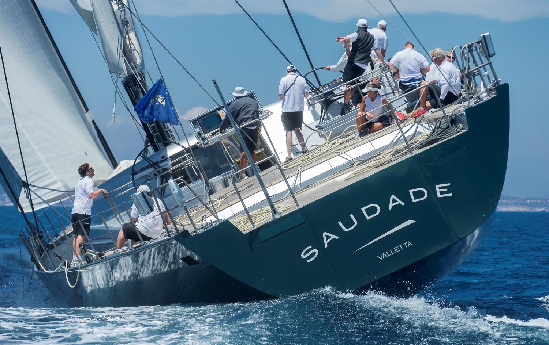 SUPERYACHT PRONTI PER IL GRAN FINALE - NEWS - Yacht Club Costa Smeralda