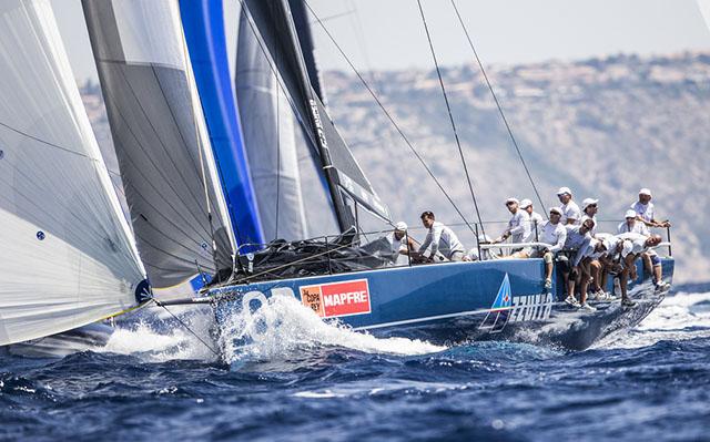 AZZURRA MAINTAINS LEAD AT THE COPA DEL REY - NEWS - Yacht Club Costa Smeralda