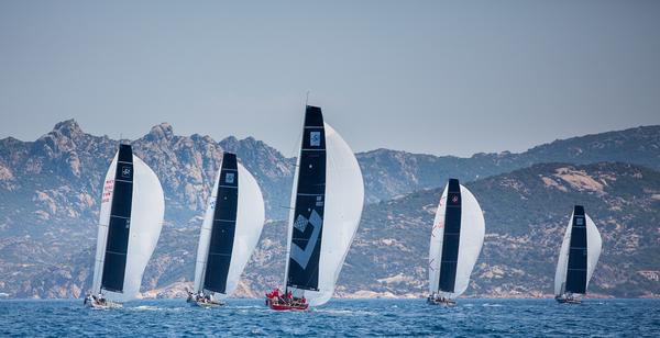 TP52 PRONTI PER LA SETTIMANA DELLE BOCCHE - NEWS - Yacht Club Costa Smeralda