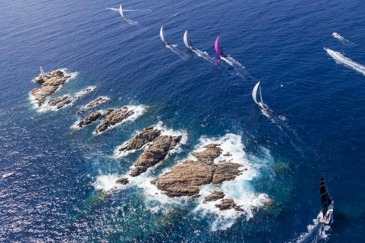 TUTTO PRONTO PER LO SPETTACOLO DEI MAXI - NEWS - Yacht Club Costa Smeralda