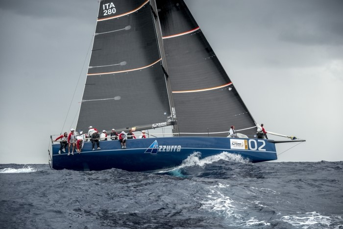 AZZURRA WINS THE FIRST RACE IN THE MENORCA 52 SUPER SERIES  - NEWS - Yacht Club Costa Smeralda