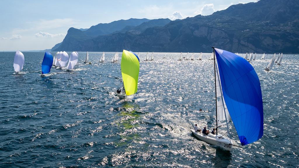 Secondo posto per il Commodoro YCCS alla J/70 Cup di Malcesine - NEWS - Yacht Club Costa Smeralda