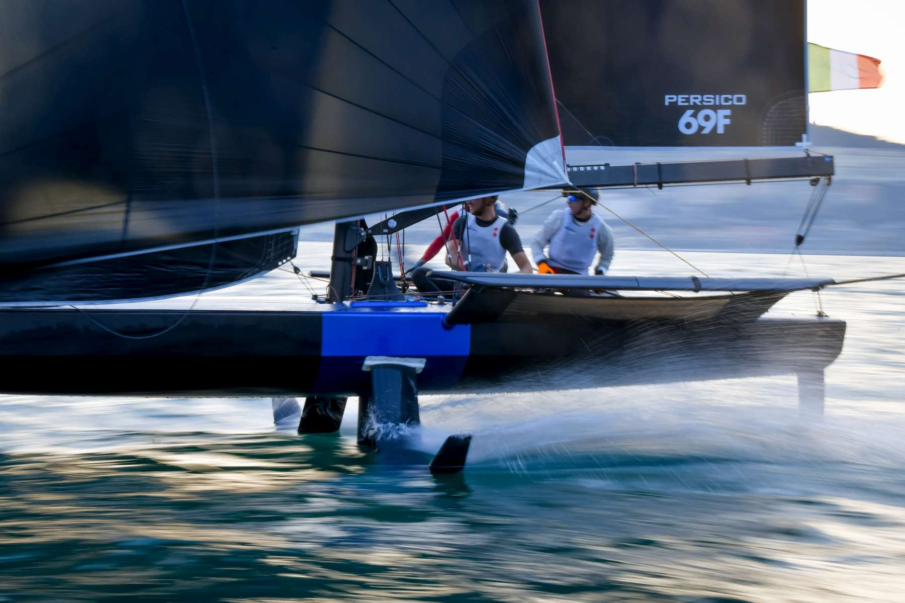 Young Azzurra progresses to second knockout phase at Youth Foiling Gold Cup - NEWS - Yacht Club Costa Smeralda