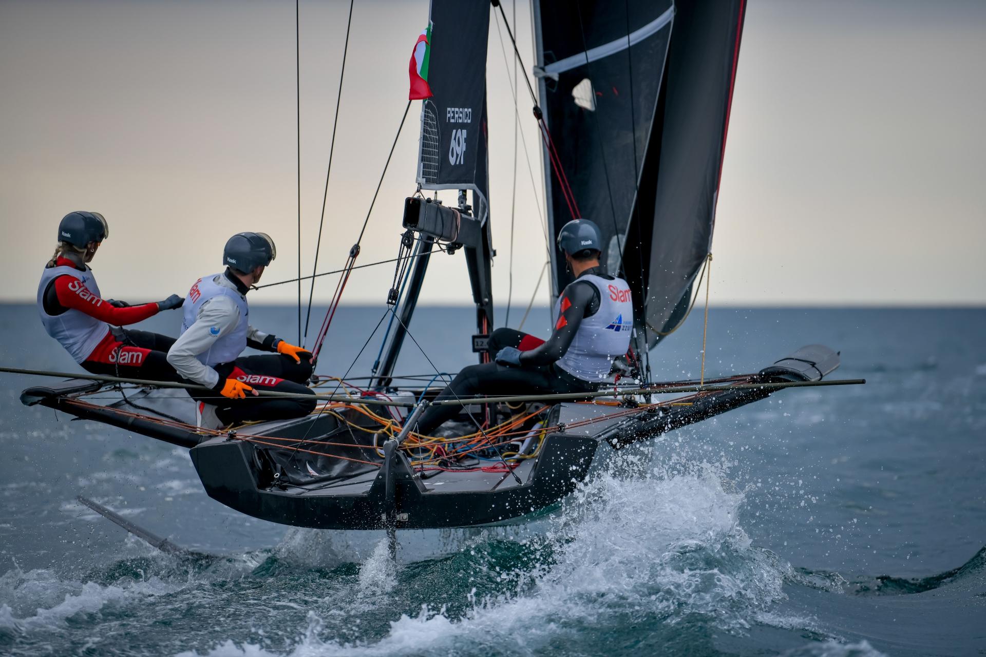 Young Azzurra guida la classifica provvisoria del primo turno dei knock out - NEWS - Yacht Club Costa Smeralda