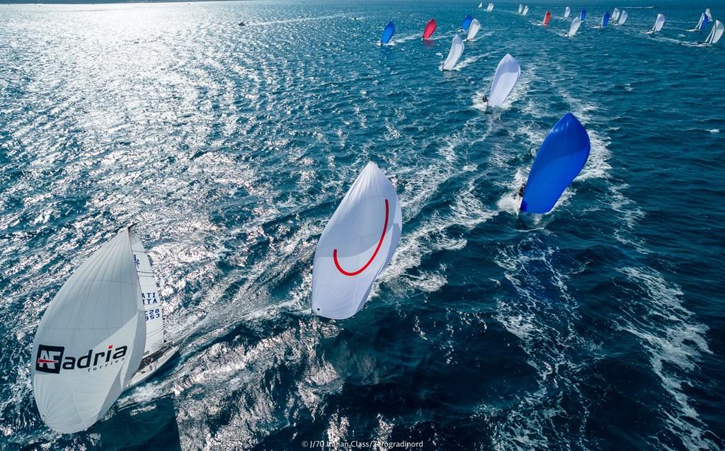Congratulazioni al socio YCCS Mauro Roversi vincitore della J/70 Cup 2021 - NEWS - Yacht Club Costa Smeralda