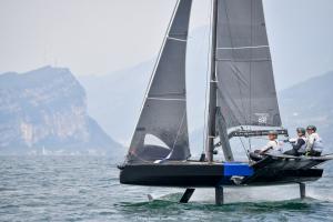 Young Azzurra a Malcesine per il Grand Prix 1 della Persico 69F Cup - NEWS - Yacht Club Costa Smeralda