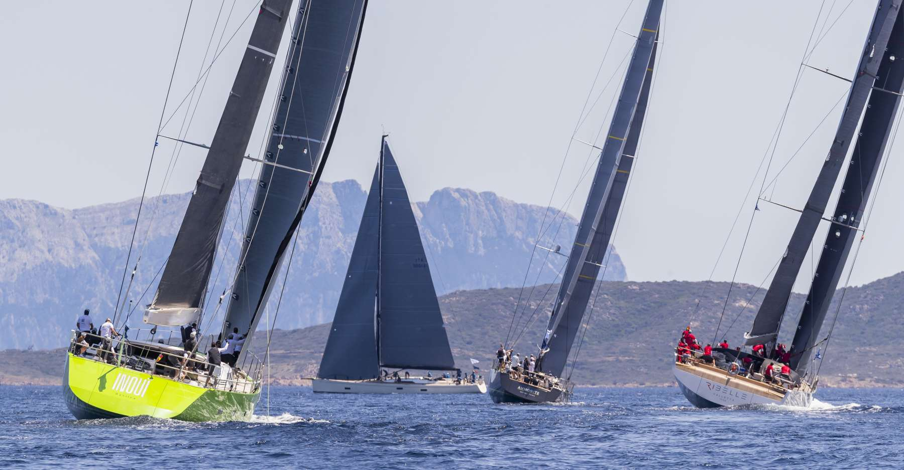 Loro Piana Superyacht Regatta, Magic Carpet 3 and Silencio leaders on day 1 - NEWS - Yacht Club Costa Smeralda