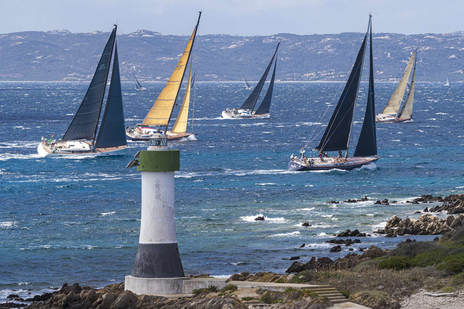 Mistral puts on a great show at the Maxi Yacht Rolex Cup  - NEWS - Yacht Club Costa Smeralda