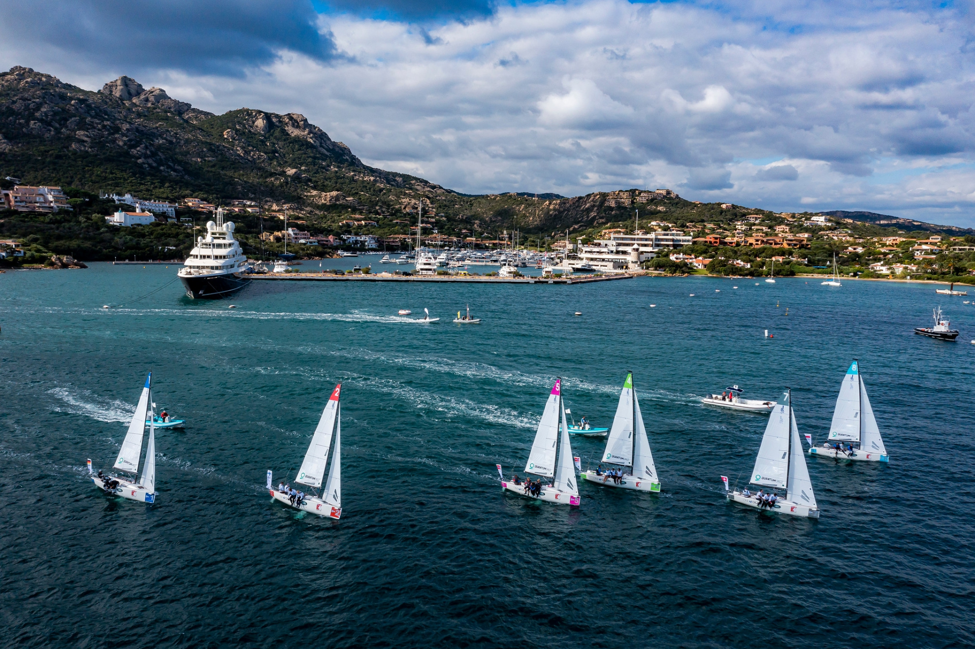 Intense second day of stadium racing in SAILING Champions League Final - NEWS - Yacht Club Costa Smeralda